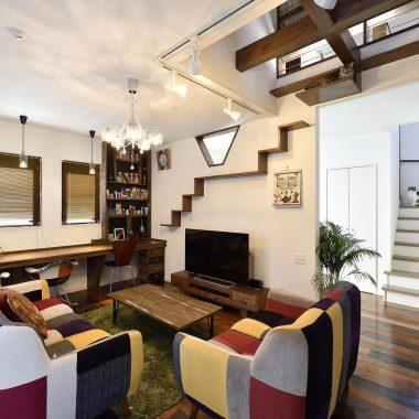 お部屋の雰囲気に合わせたキャットウォークは、まるで飾り棚のような素敵なインテイリアに・・・