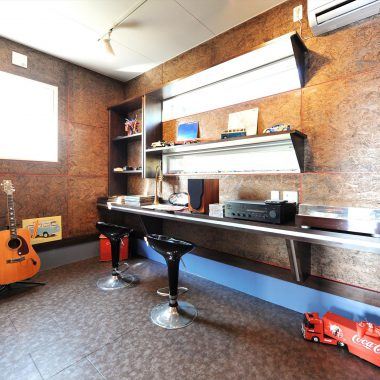 ギター弾きのオーナー様のホビールーム